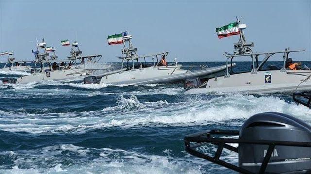 Un alto comandante del CGRI dice que los recientes movimientos de naves y helicópteros de EE.UU. en el Golfo Pérsico son signos del 'temor' de Washington.