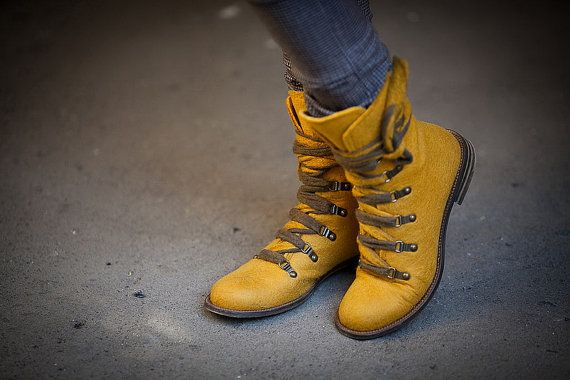 Bright spring shoes,handmade shoes, comfortable shoes, stylish shoes, Boho-style leather shoes with leather soles, lace boots, wool boots