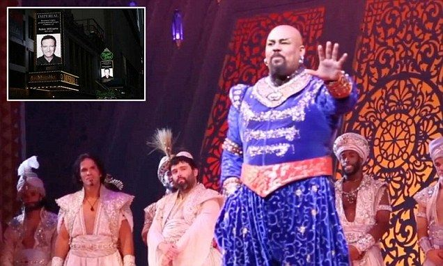 Aladdin Broadway cast pay tribute to Robin Williams with singalong
