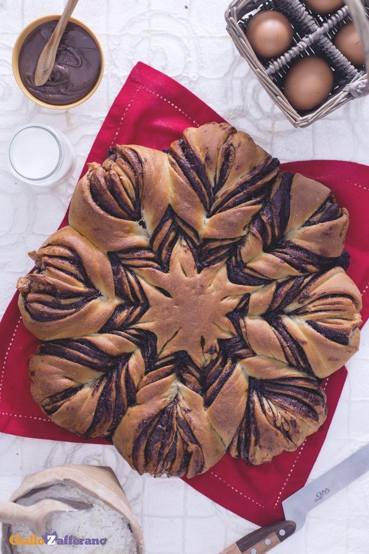 La TORTA #FIORE (nutella flower bread) sboccia in cucina con tutta la sua bellezza e la sua bontà! #ricetta #GialloZafferano #italianfood #italianrecipe