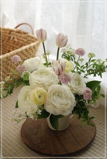 【今日の贈花】お悔みのお花をつくるとき Flower note の 花日記 (横浜・上大岡 アレンジメント教室)