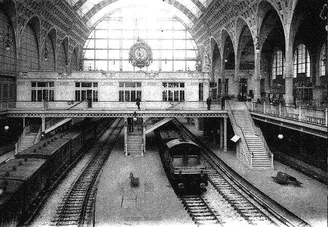 El edificio obra de Víctor Laloux del Siglo XIX en que se encuentra el Musée d´Orsay era la Terminal de ferrocarriles de la compañía Orleáns .