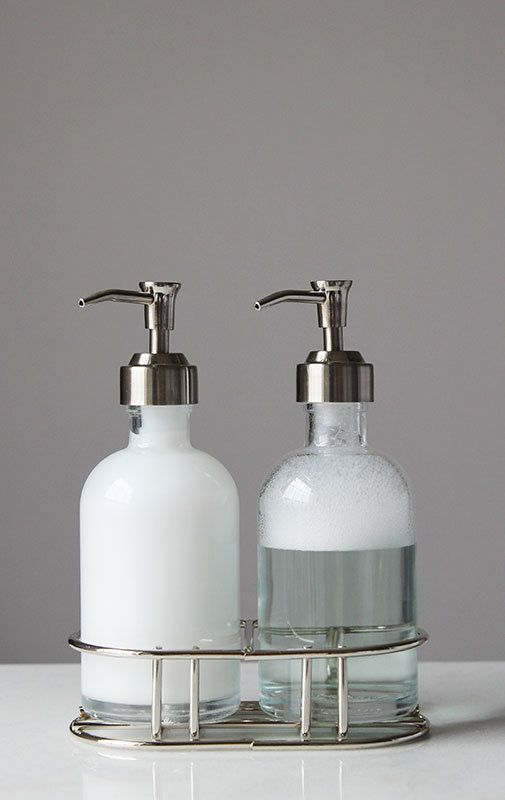 High Quality Perfect Pair Glass Clear Soap Dispenser Set With Chrome Caddy