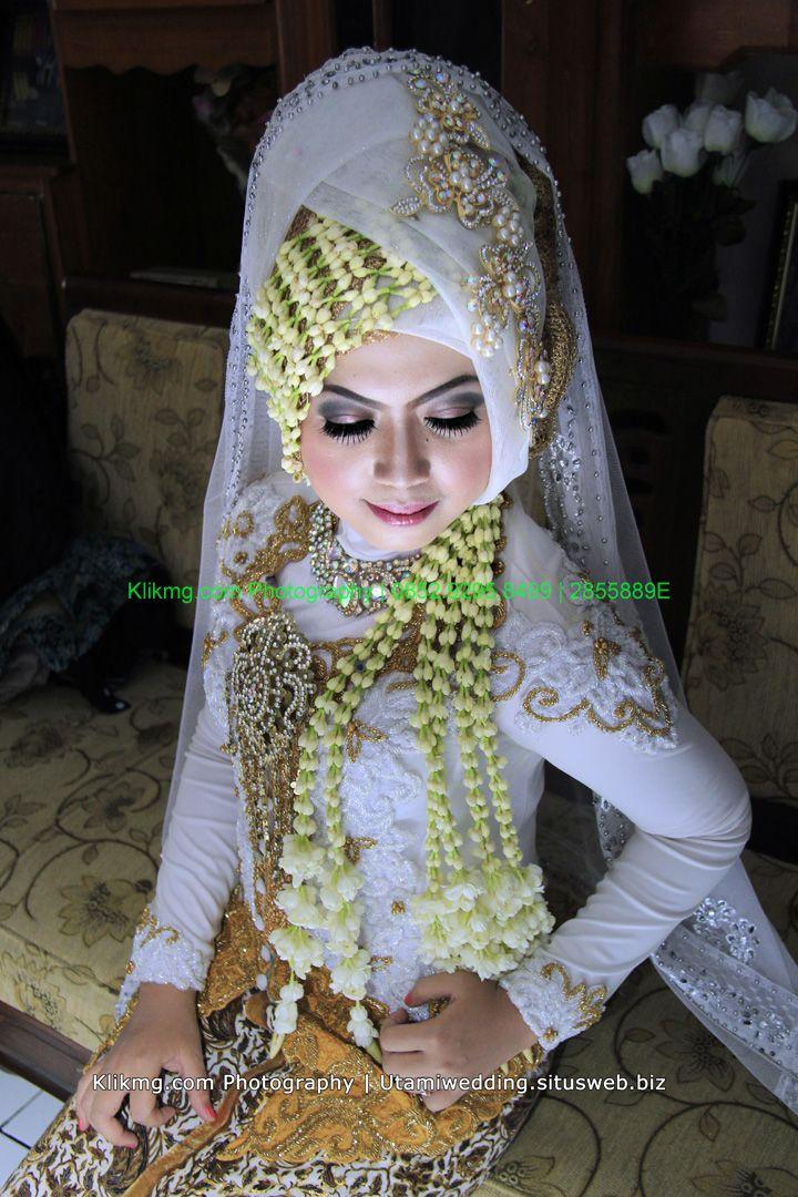Koleksi Foto Pernikahan/ Wedding Fifin & Wawan | Tata Rias, Busana & Dekorasi oleh : Utami Rias Pengantin Solo | Foto & Album Online oleh : Klikmg Fotografer Solo | albumkami.net