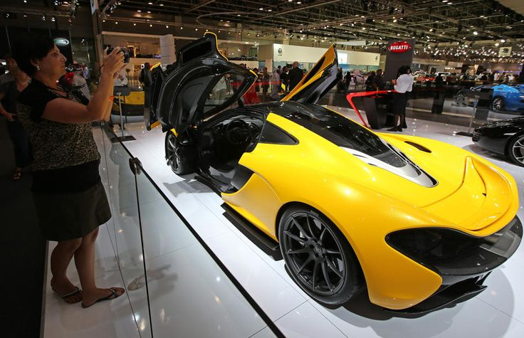 hottest new luxury cars on display at 2013 dubai international motor show photos motors and. Black Bedroom Furniture Sets. Home Design Ideas