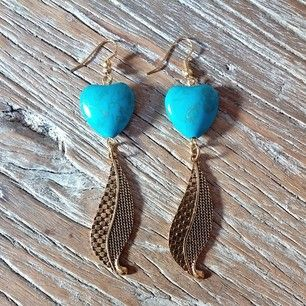 Instagram photo by mwlaccessories - Turquoise heart earrings https://www.facebook.com/MWLaccessories/photos/pb.394919353900261.-2207520000.1412625168./735203509871842/?type=3&theater