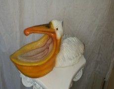 Izmir pelican statue