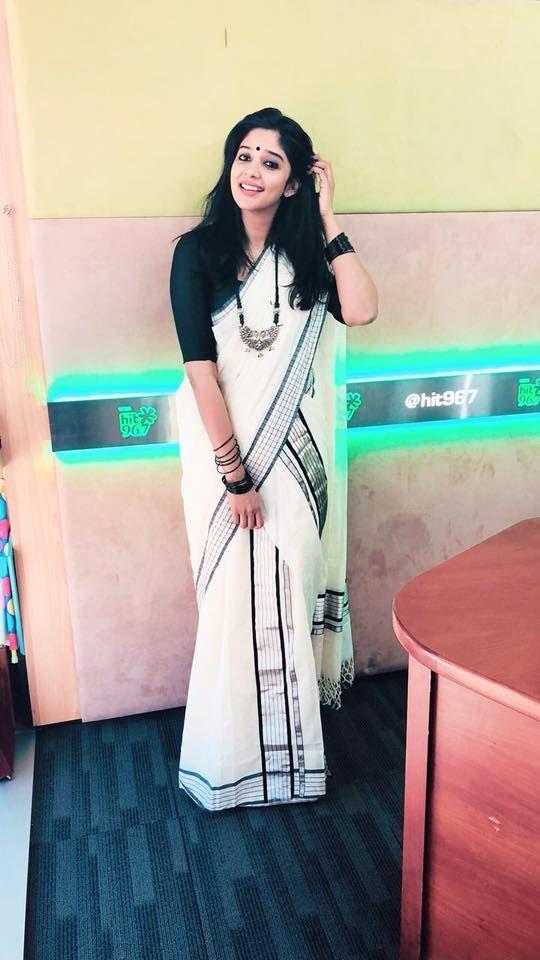 17ec9720e9 Vishu special - Nyla Usha Onam Saree, Kasavu Saree, Handloom Saree, Kerala  Saree