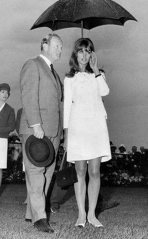 Jean Shrimpton at Flemington races on Oaks  Day, Melbourne 1965