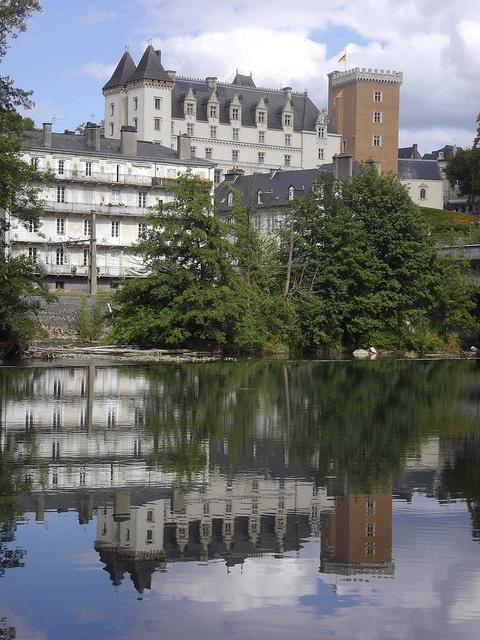 Le château royal de Pau et son double, Béarn, Pyrénées-Atlantiques, Aquitaine, France