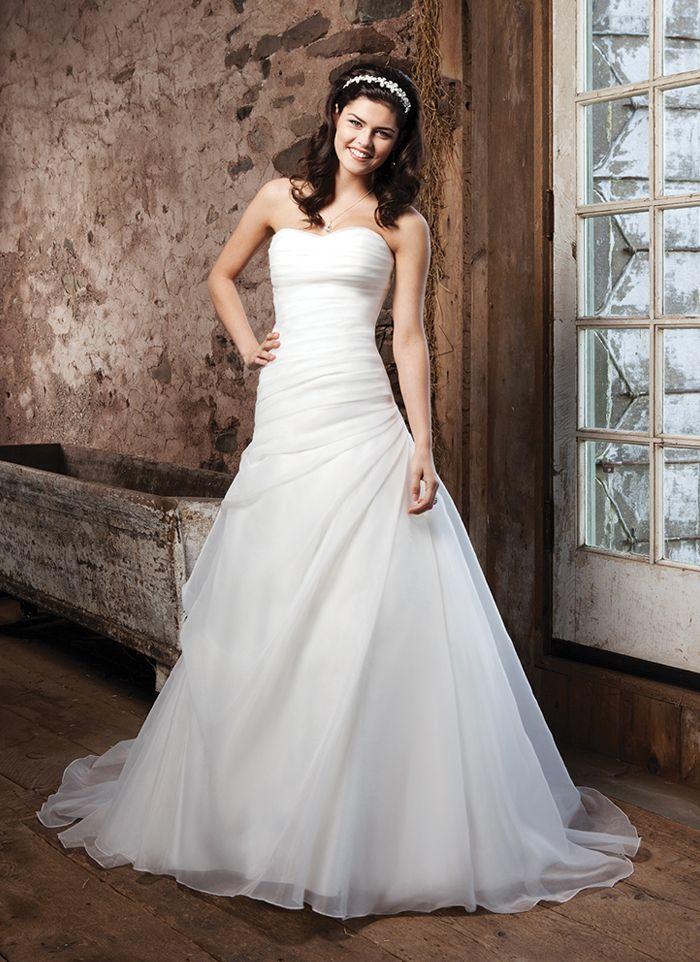 91 best Brautkleid, make-up, Frisur etc. images on Pinterest ...