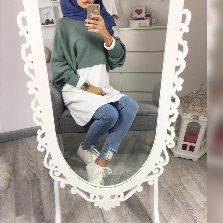 """3,765 Likes, 31 Comments - Ebru (@ebrusootds) on Instagram: """"#blue tones  Jeans tunika / tunik  @z_style_damenmode Jersey hijab  @mode_by_betul Tap for…"""""""