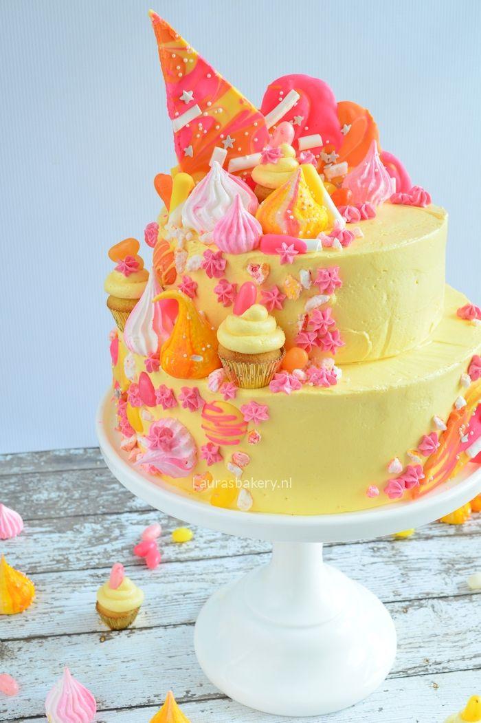 Katherine Sabbath inspired cake - Spektakel taart - Laura's Bakery