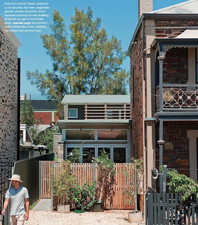 3 on 300 - photography: Andy Rasheed, architect: Scholz Vinall