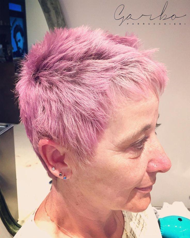 Betty Rosazzurro !  miscela di sfumature tra Il colore per eccellenza della femminilità IL ROSA.. Ed il colore per eccellenza della decisione e della certezza L'AZZURRO ! --- #garboparrucchieri #colorbar #colore #lucentezza #capelli #effettocolore #sfumatureneicapelli #nuovocolore #nuovo #moda #tendenza #colorazione #instahair #gropellocairoli #garlasco #vigevano #pavia #milano