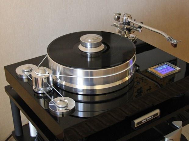 Plus de 1000 id es propos de turntables sur pinterest vinyles audiophile - Platines vinyles vintage ...