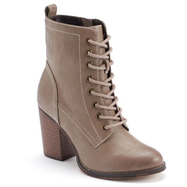 Candie's Lace Up Zip Up Cachichi Ankle Boots Tan/Taupe Size 10 NEW Orig. $80.00