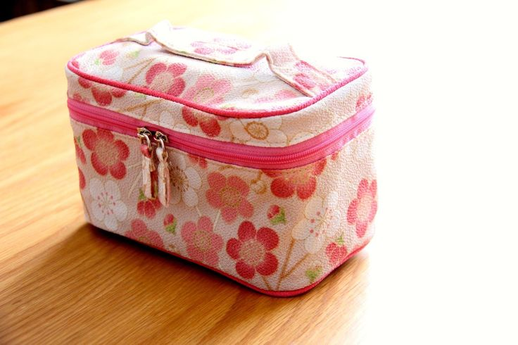 Travel ready! Check it out http://goo.gl/jfJ30l #makeup #case #japanese #travel #ready