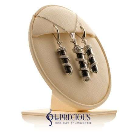 Set cu pietre pretioase veritabile, disponibil doar in magazinul Be Precious.