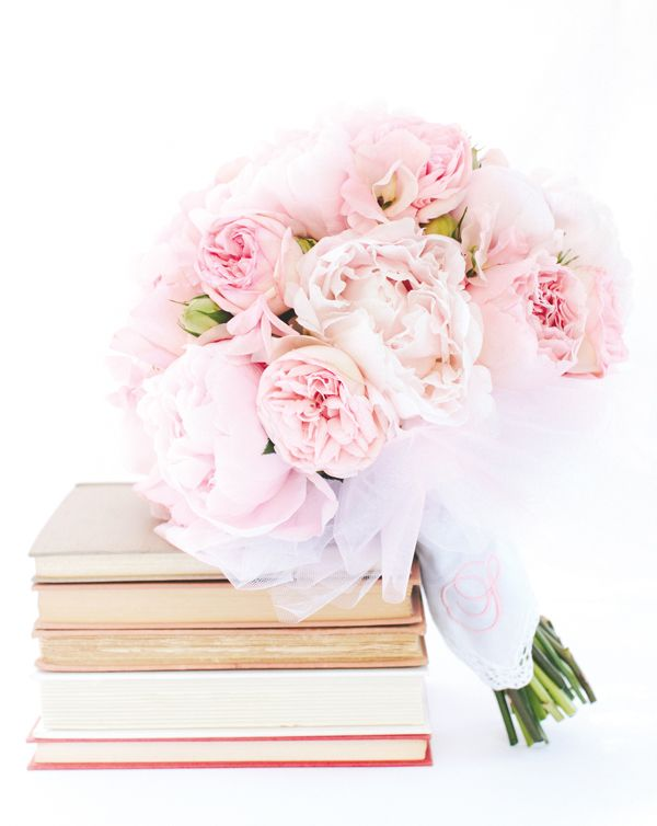 the perfect blush & bashful bouquet, with a monogrammed wrap | Katie Stoops #wedding