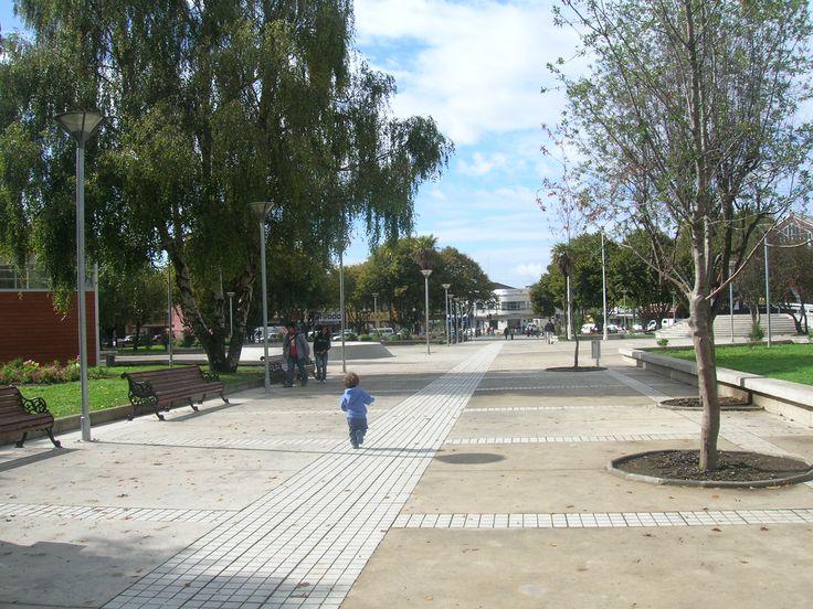 Remodelación Plaza de Armas de Castro. Chiloé 2008. Nelson González, Alberto Gómez, Arquitectos
