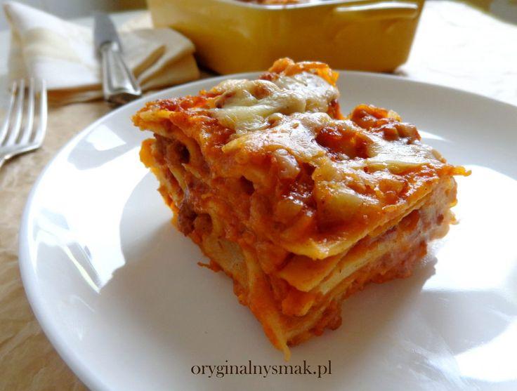 Lazania z sosem bolońskim (lasagne bolognese)