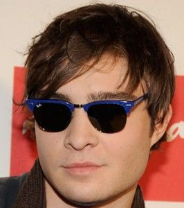 ray ban youngster clubmaster sunglasses  what sunglasses does ed westwick wear? ed westwick is rockin' a pair of ray ban clubmaster sunglasses. these shades have a cool old school feel to them and
