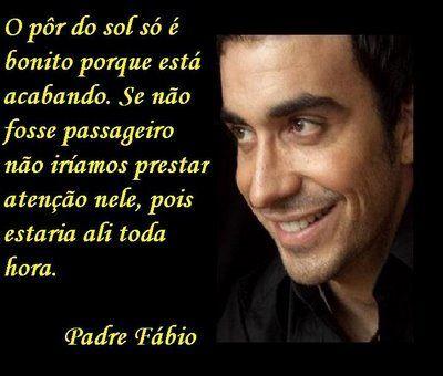 A música religiosa tomou conta do cenário musical brasileiro há algum tempo. O Padre Fábio de Melo é um dos que conseguiu conquistar mai...