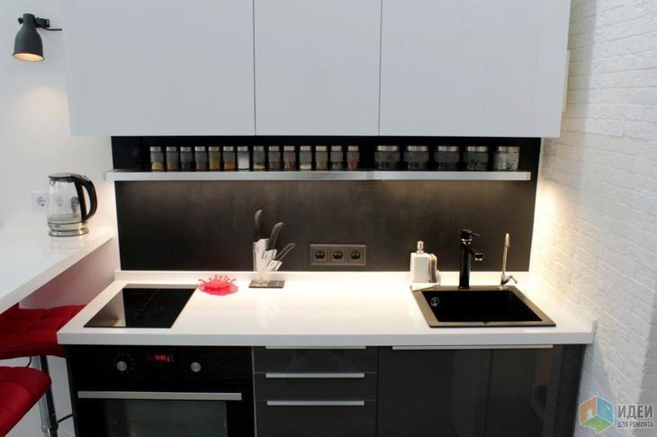 Мини-кухня в квартире-студии