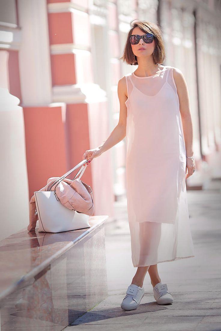 rose+quartz-sheer-shift-dress_street-style-ideas-for-spring-2016