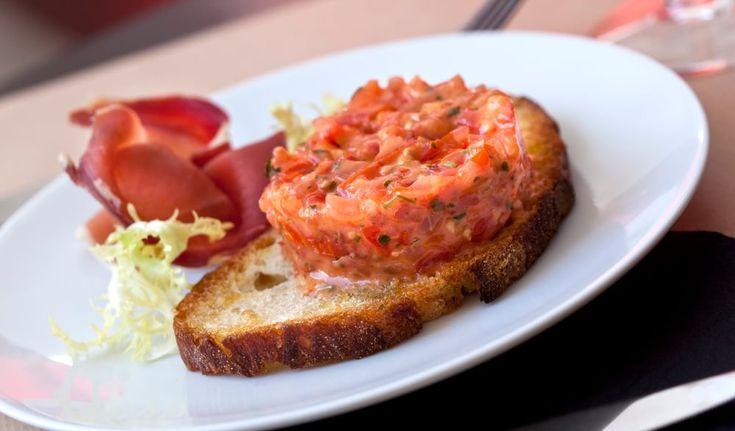 Rybí tatarák – připravte si ho z lososa nebo i z kapra
