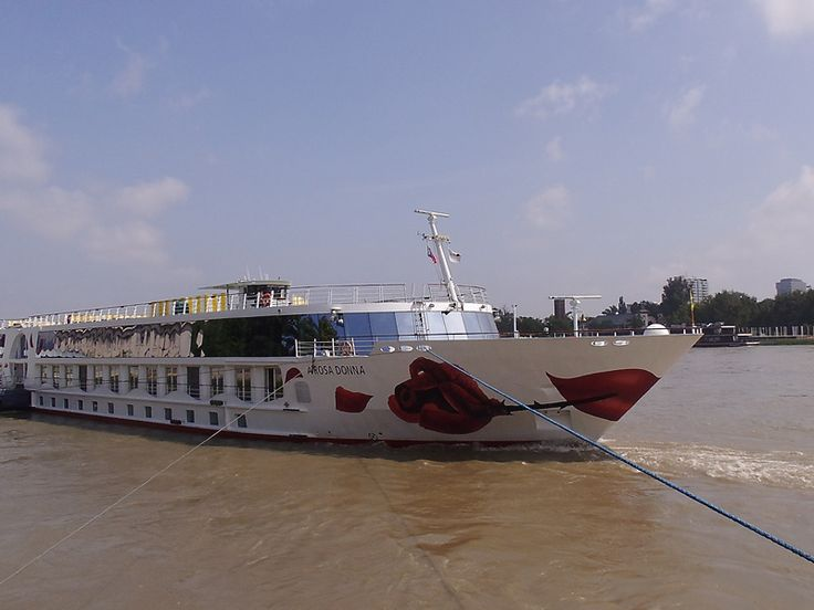 Mit A-ROSA Donna auf Donaukreuzfahrt. Die klassische Donau ab/an Passau nach Wien, Bratislava, Budapest und in die Wachau. Der SPA-ROSA lädt zum Erholen ein.