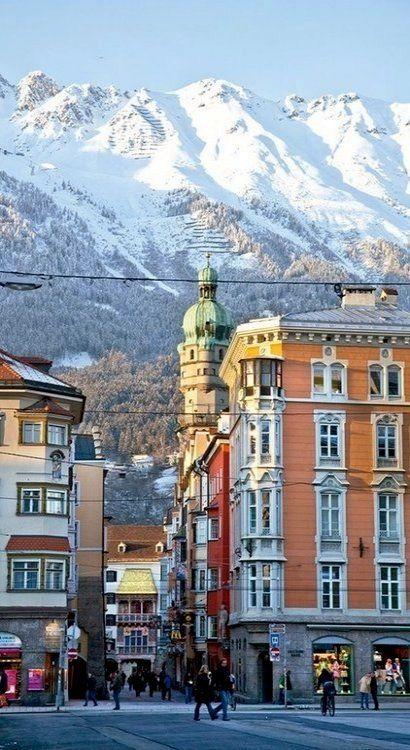 Innsbruck, Austria. Un lugar de cuento!!!                                                                                                                                                                                 Más