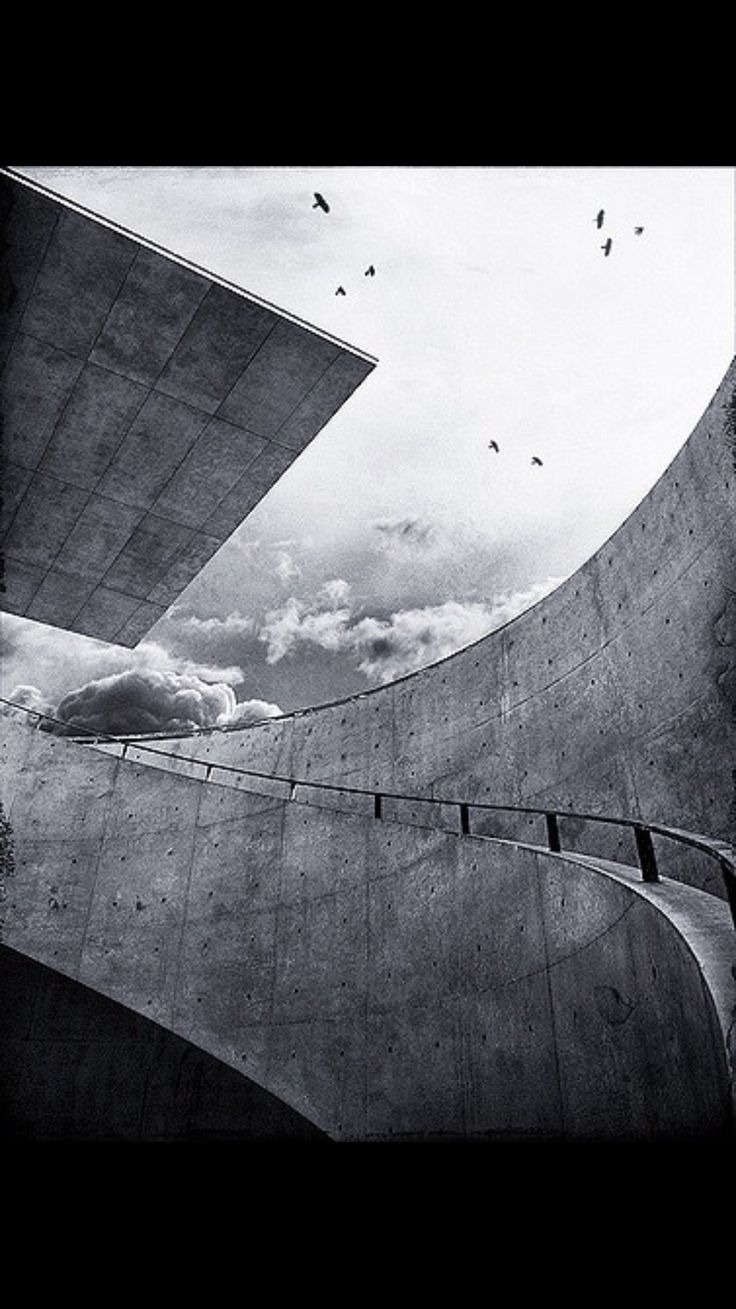 Hyogo Prefectural Museum of Art. Kobe, Japan. Architect Tadao Ando via @ flickr https://www.flickr.com/photo.gne?rb=1&short=66h6Aq