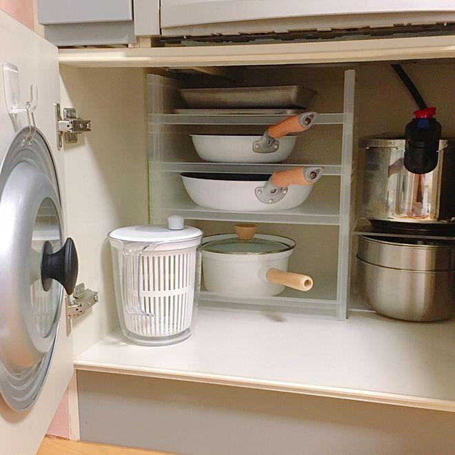 つっぱり棒が万能 穴をあけずに収納スペースを設ける方法 調味料 収納 インテリア 収納 収納 つっぱり