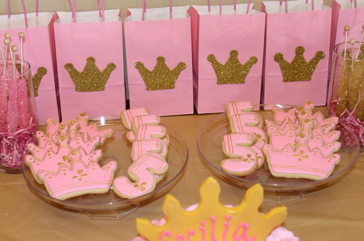 Pink and gold princess birthday party - Candy Bag Crown made with Foam Paper Beautiful and delicious cookies made by @kmrathbone