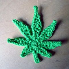 crochet pot leaf - pattern costs!