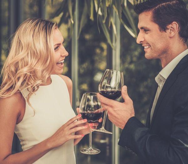 """イギリスで実施された浮気調査をもとに、女性の浮気の心理を探ってみましょう。国が違えば、恋愛における女性の価値観だって当然違うはず。以下に登場する4つの""""浮気のメカニズム""""には、万国共通の心理がうかがえますが…。女性の浮気は男性よりも無差別!?イギリスの既婚者専用出会い系サイト「UndercoverLovers.com」が、4,000人の会員(男女2,000人ずつ)を対象に行った、浮気調査にお..."""