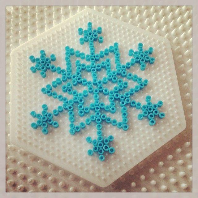 Winter snowflake hama mini beads by turkisshop