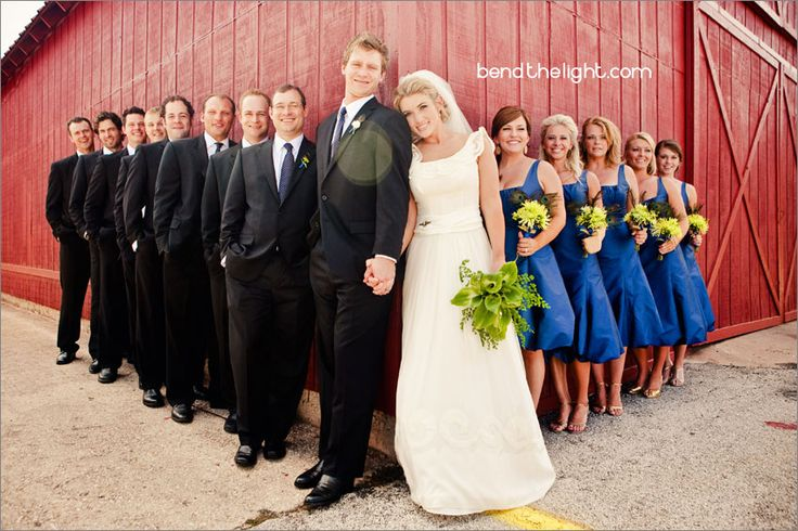 group pic....would totally work at the barn in the columns