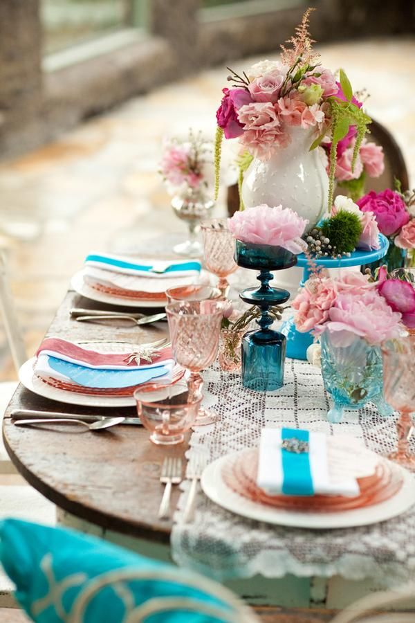 pink and turquoise table