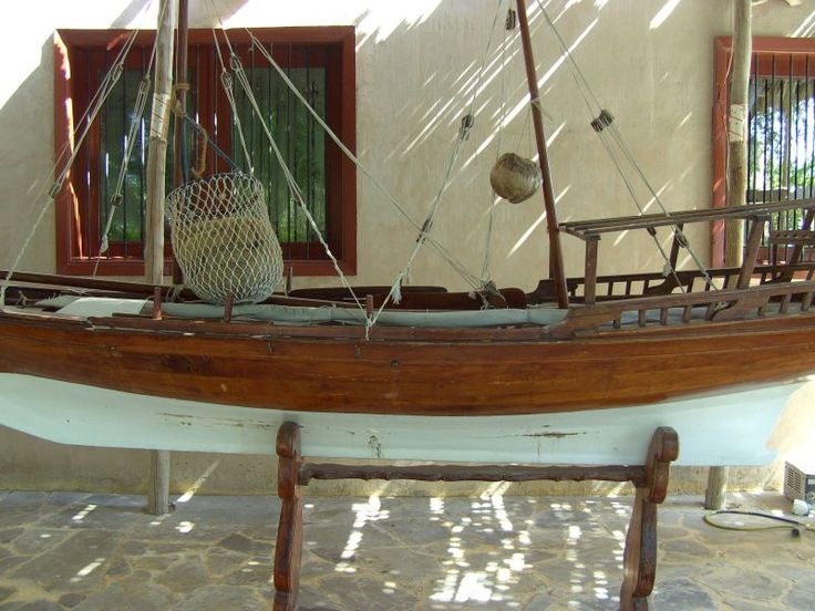 an oild boat- heritage village- Abu Dhabi