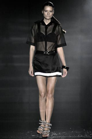 flyknit price in philippines Julien Macdonald Spring Summer 2008 Ready To Wear