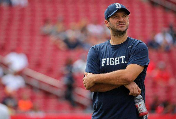 Tony Romo Photos Photos - Tony Romo #9 of the Dallas Cowboys looks on during a game against the Tampa Bay Buccaneers at Raymond James Stadium on November 15, 2015 in Tampa, Florida. - Dallas Cowboys v Tampa Bay Buccaneers