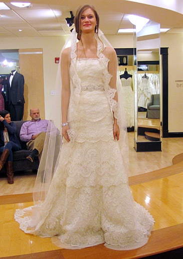 Season 4 featured dresses say yes to the dress atlanta for Atlanta wedding dresses stores