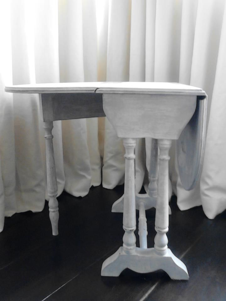 Bifold lamp/coffee Table. Painted in Gray heather and distressed in Linen white. Lightly Distressed and sealed in wax.