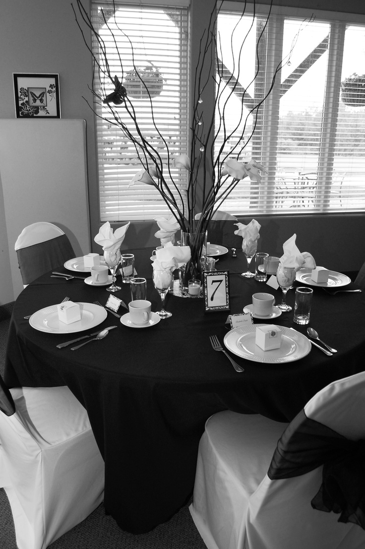 black and white table decor simple eye catching placecards center piece made with black twigs. Black Bedroom Furniture Sets. Home Design Ideas