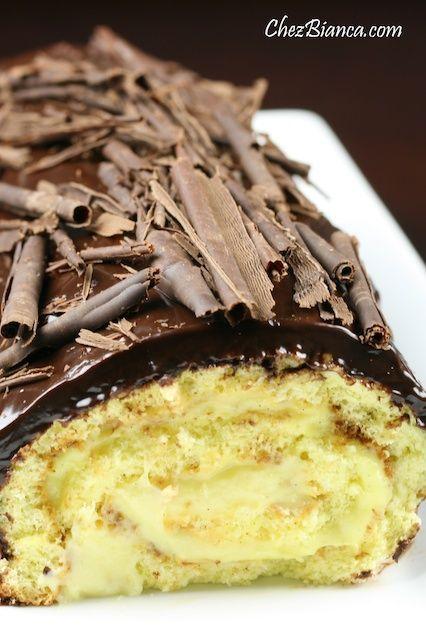 Rocambole recheado com creme e coberto com chocolate « chezbianca