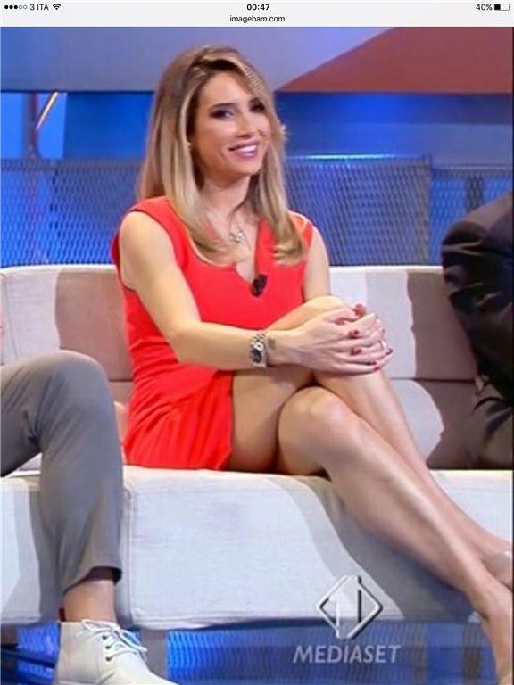 Giorgia Rossi Sport Mediaset Parallel Legs Pinterest Legs