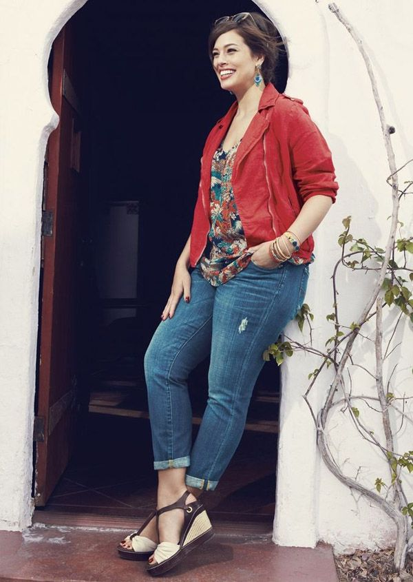 shley-graham-street-style-denim-red-jacket-floral-blouse